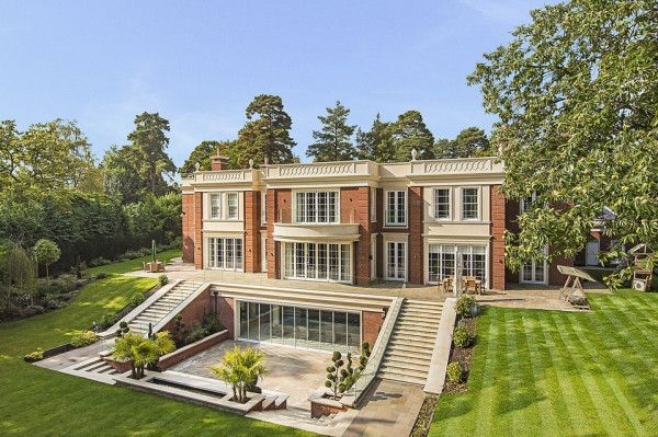 Luxurious Surrey Mansion On Sale For 24 Million Mansions Luxury Homes Dream Houses George Hill