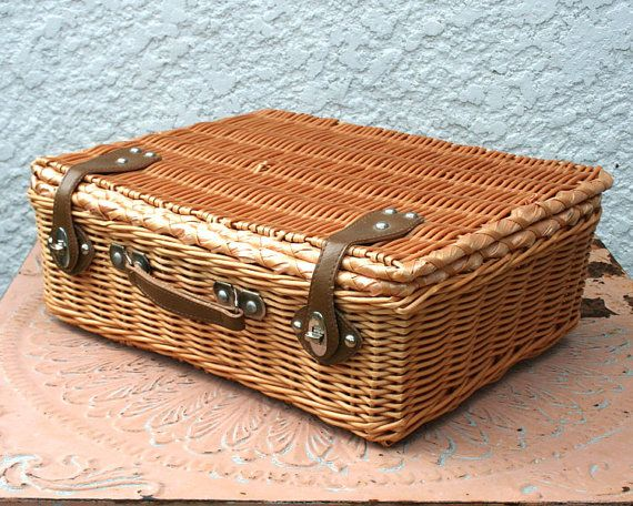 Pretty vintage basket - perfect as a wicker suitcase, picnic ...