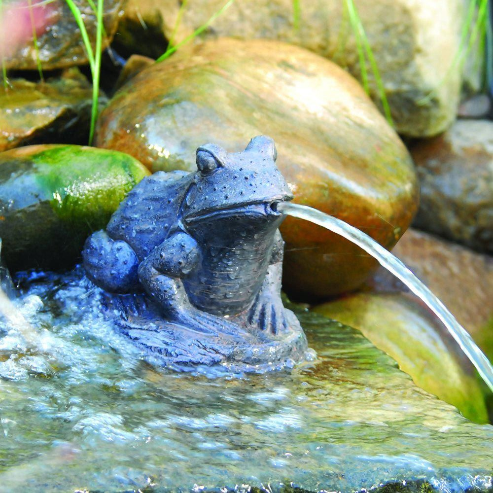Water Frog Spitting Fountain
