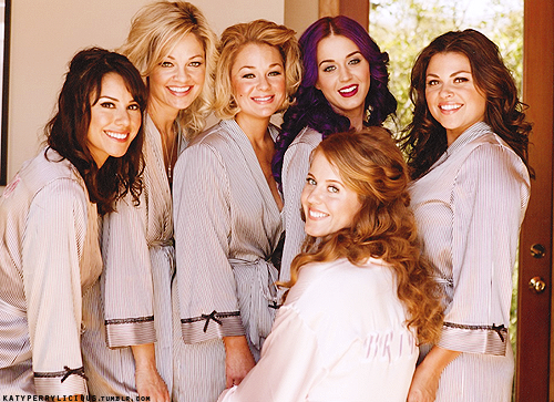 Katy As A Bridesmaid At Her Sisters Wedding Katy Perry Family