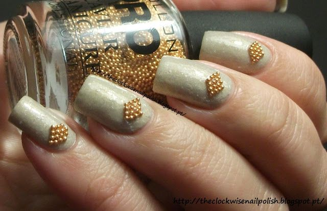 The Clockwise Nail Polish: Essence Love's Recipe & Mollon Pro Caviar Manicure Gold
