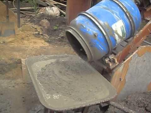 Homemade Cement Mixer Pour Type Com Imagens Construcao De Alvenaria Betoneira Concreto Diy