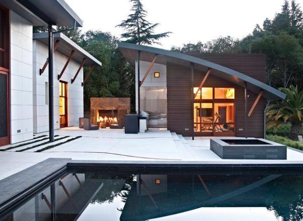 Outdoor Inspiration: Hinreißende Wohnideen für Feuerstellen am Pool ...