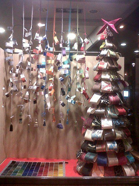 Escaparate de navidad 2012 de decoraci n julio aristin for Decoracion para comercios