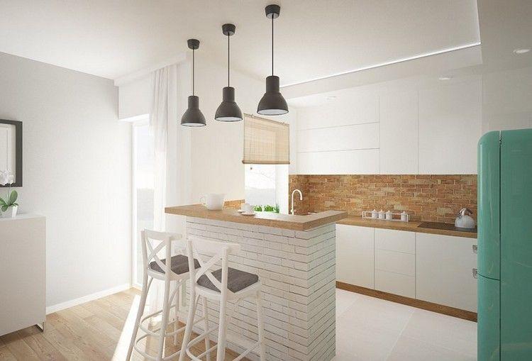 kleine Küche in weiß und Holz mit Küchentresen | Home design ...