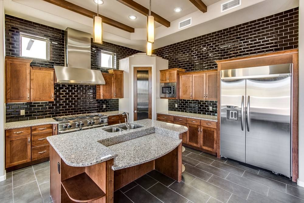 What do New Luxury Homes in El Paso Look Like? | Beautiful ...