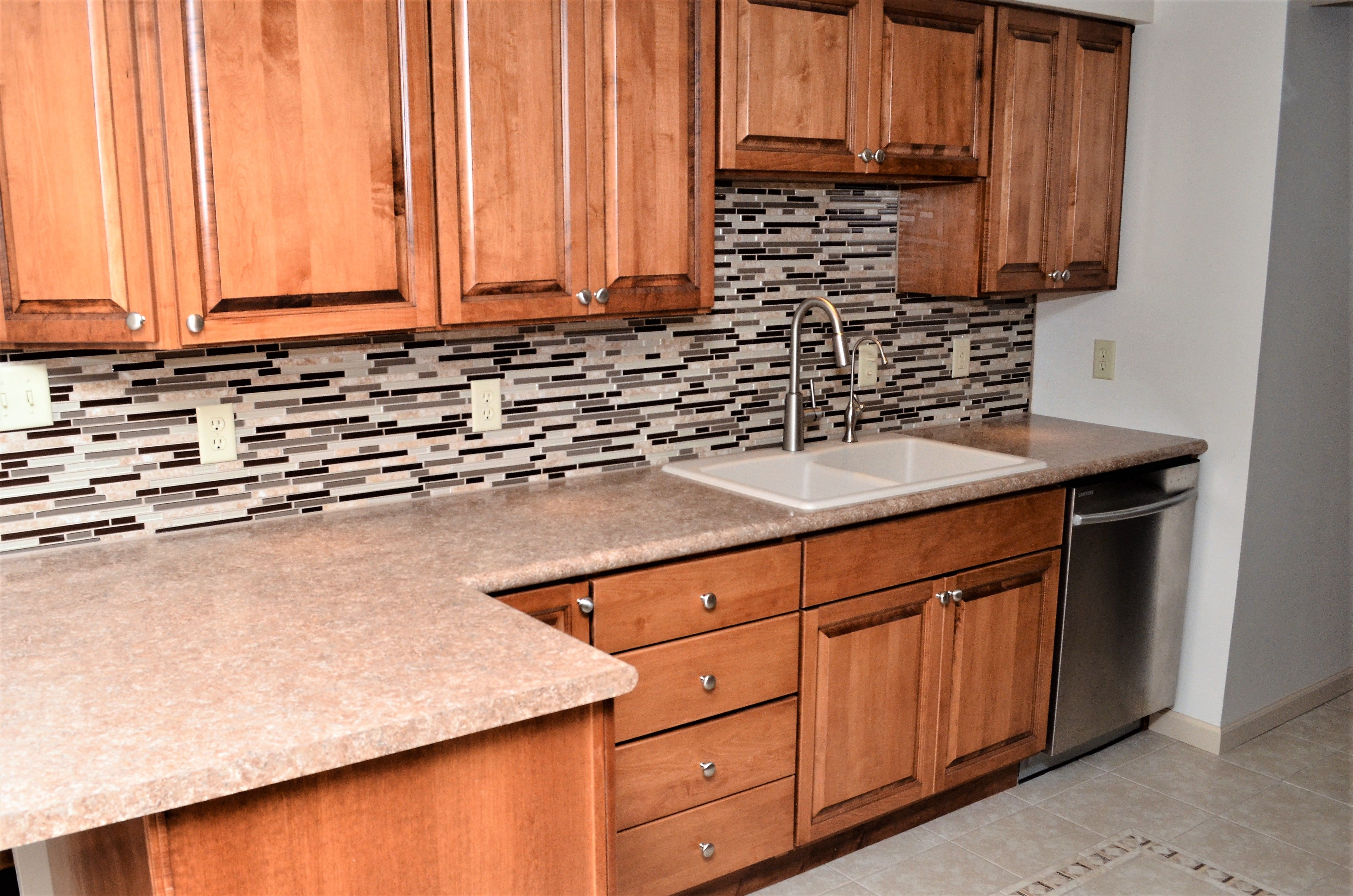 Haas Lifestyle Upland Maple Pecan Kitchen Cabinets Kitchen Cabinetry