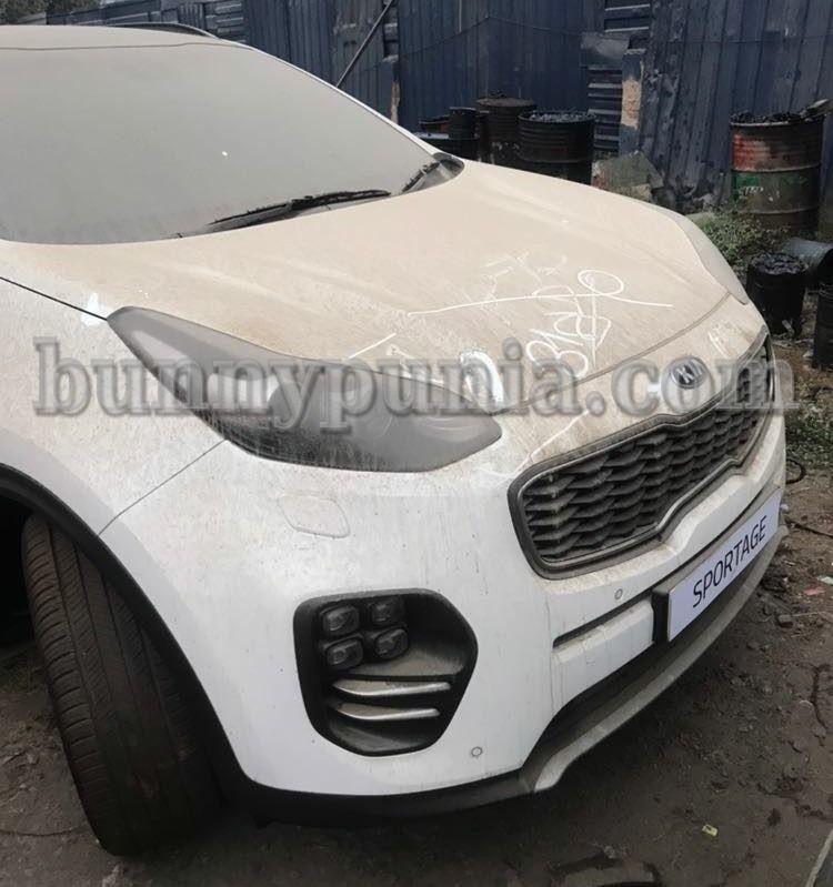 Kia Sportage SUV and Kia Niro Hybrid spotted on Indian