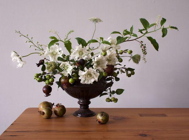 Wedding Ideas: green-Pomegranate-centerpiece