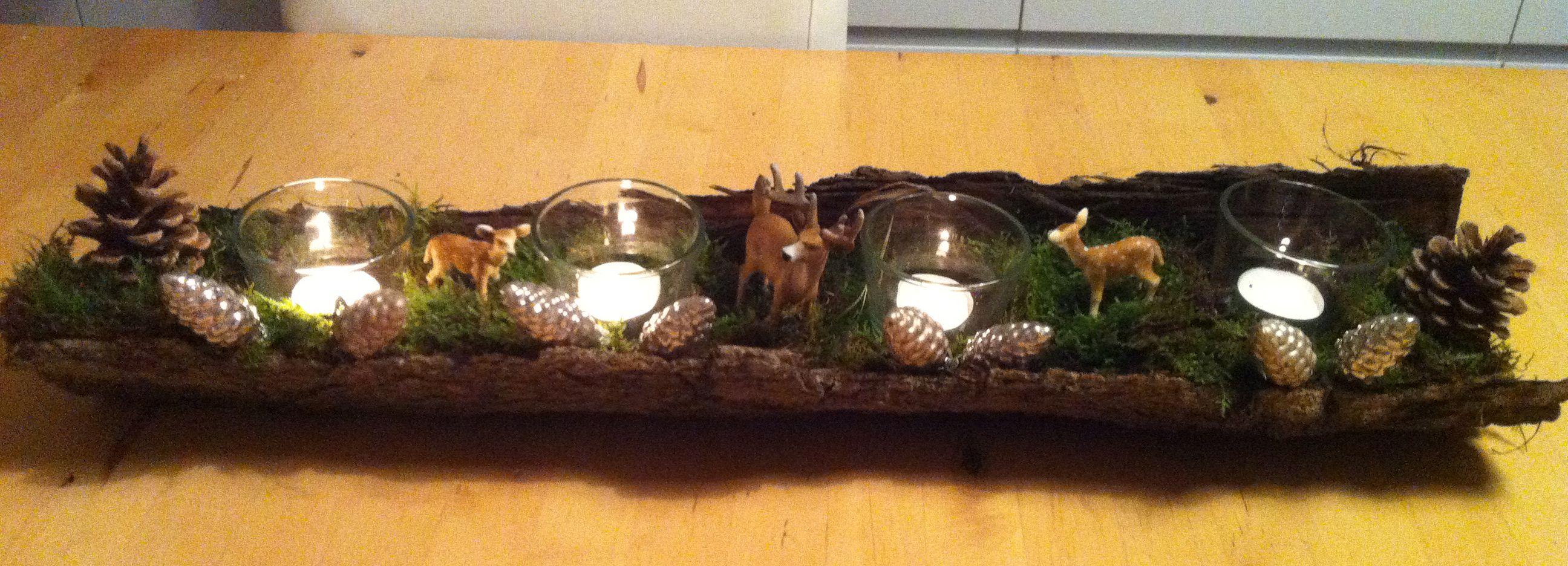 Adventskranz In Einer Baumrinde Mit Moos Bedeckt Ikea