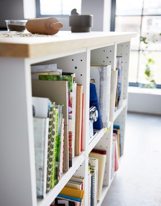 Einer kücheninsel die sich ideal zum backen und zum aufbewahren von kochbüchern und backutensilien eignet ikea pinterest kitchens ikea hack