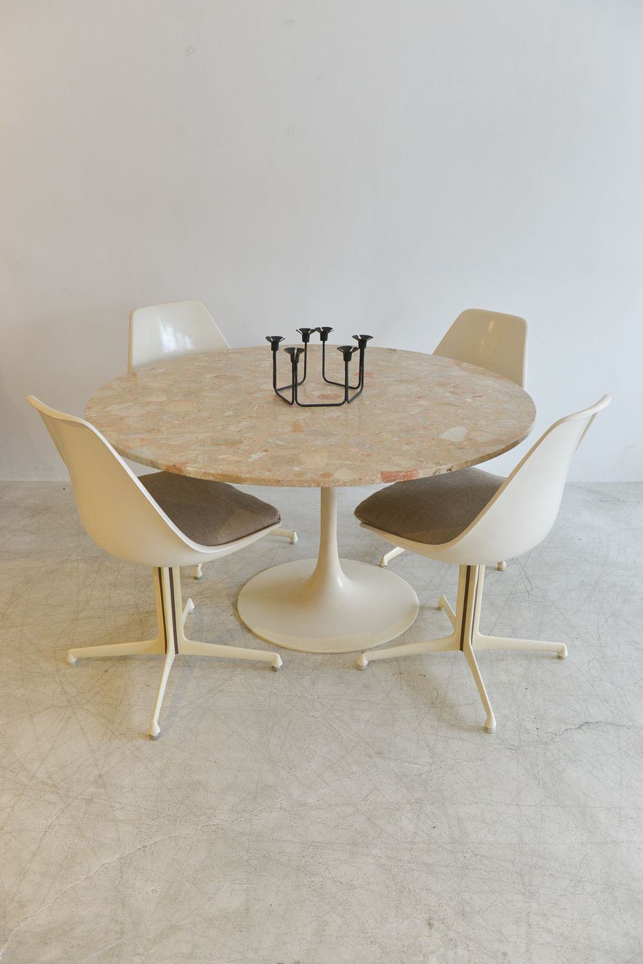 Vintage Burke Tulip Dining Set Round 48 Marble Table 4 Star Base Chairs