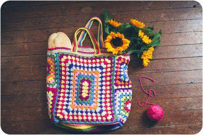 Aprendiz de Crocheteiras: Esquema para Montagens de Bolsas com Quadrados de Crochê
