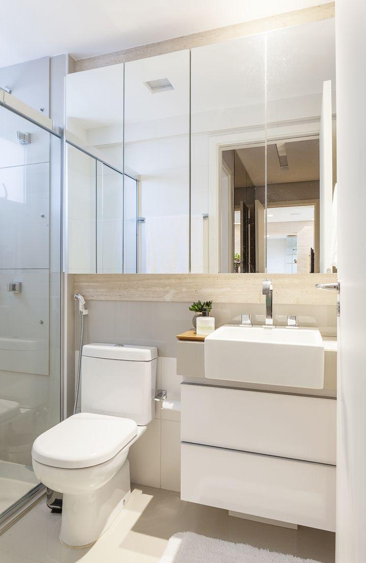 Clean e integrado bathroom ba os interiores cuartos for Banos de visita pequenos