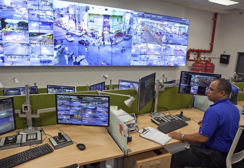 Más de mil cámaras del 911 monitorearán Santo Domingo en Semana Santa. DETALLES: http://www.audienciaelectronica.net/2016/03/mas-de-mil-camaras-del-911-monitorearan-santo-domingo-en-semana-santa/
