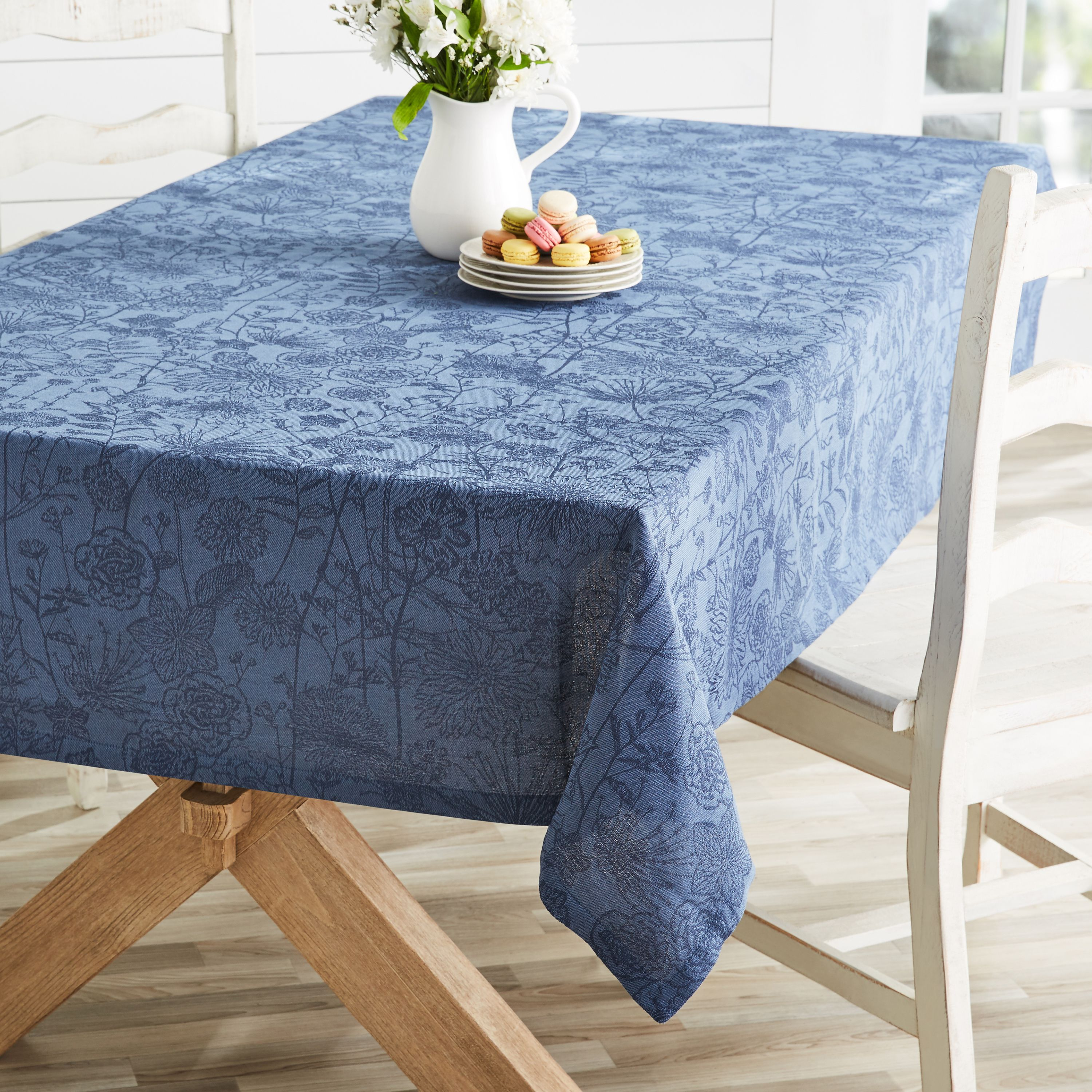 daebe7f2737d863630b33701816122ae - Better Homes And Gardens Holiday Edition Tablecloth