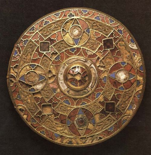 suchasensualdestroyer:  Anglo-Saxon, Disc Brooch from Kingston Down, enamel/gold, c. 650 AD.