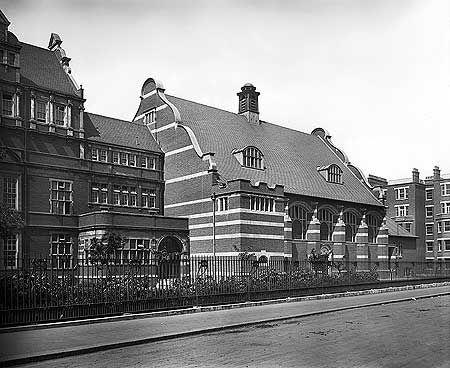 Battersea Polytechnic Institute, Battersea Park Road