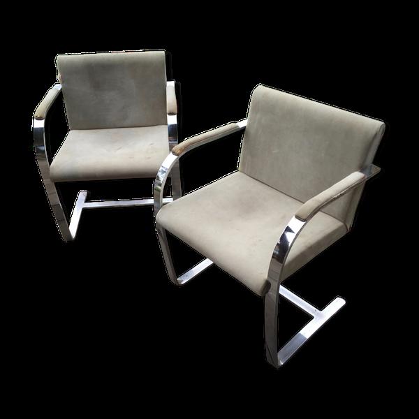 Paire de fauteuils Brno par Ludwig Mies van der Rohe   – Products
