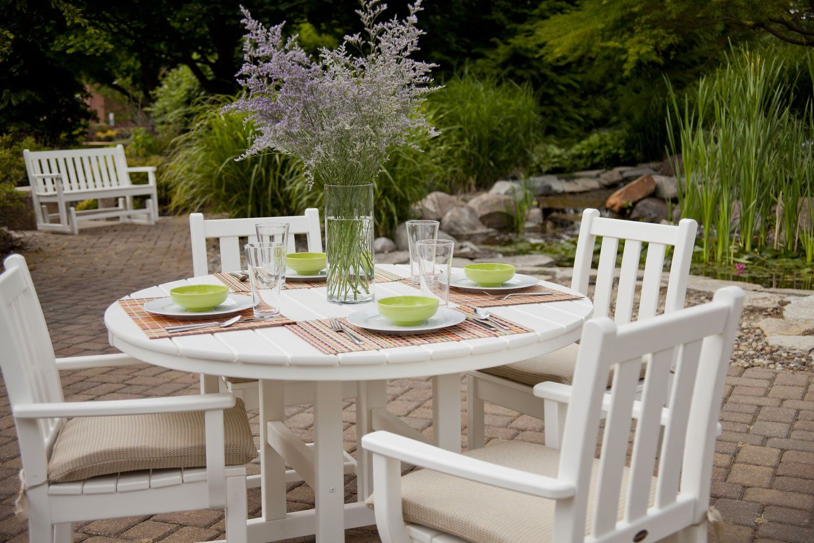 Polywood 48 La Casa Cafe Round Dining Table Outdoor Dining Set Traditional Garden Outdoor Dining