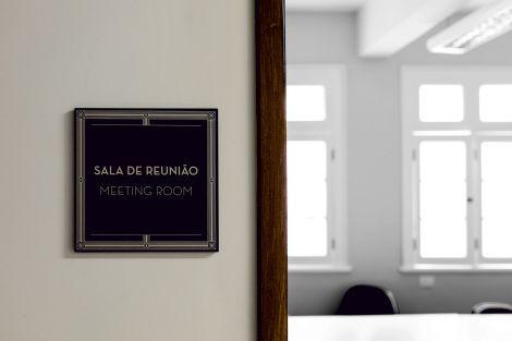 IDENTIDADE E SINALIZAÇÃO CINE THEATRO BRASIL