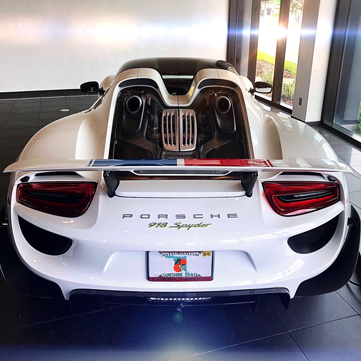 Pin by Daniel Kohn on Toys (With images) Porsche dealership