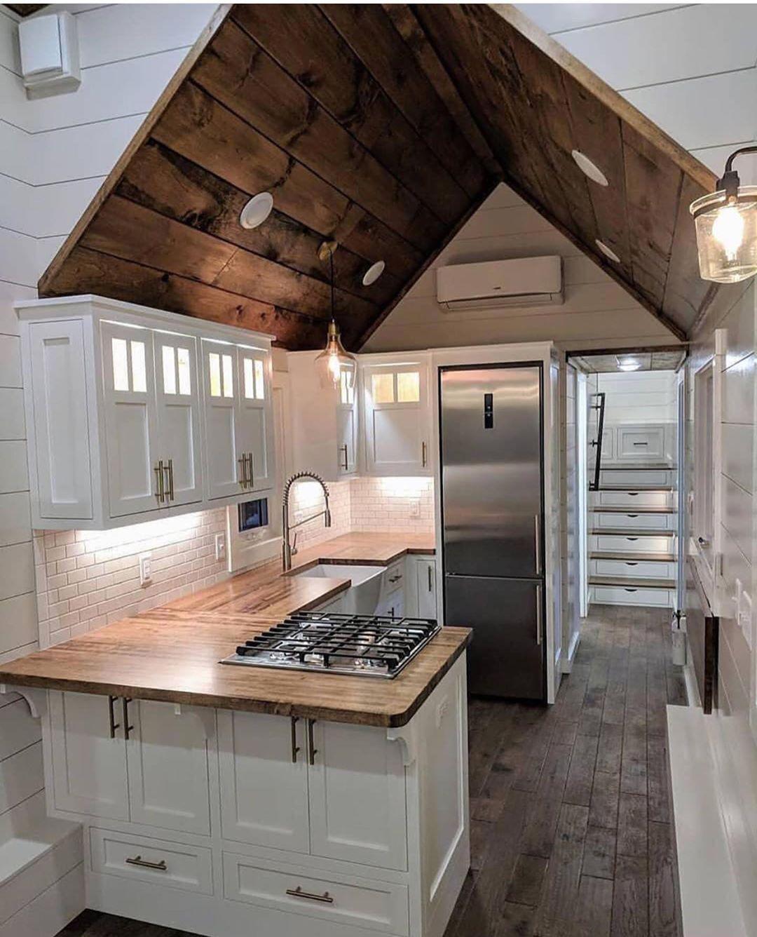 Phenomenal Modern Trends Interior Designs Ideas Tiny House Kitchen Tiny House Interior Design Tiny House Hunters