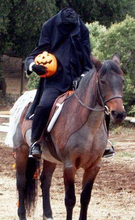 headless horsemen and reading of sleepy hollow legend featured at the south jersey pumpkin show 2013 - Sleepy Hollow Halloween Costumes