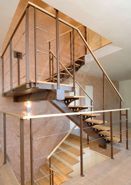 Escalier 2/4 Tournant -métal bois limon central sans contremarche ...