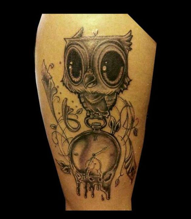Big Eyed Owl With Melting Clock Tattoo Clock Tattoo Art Tattoo Tattoos