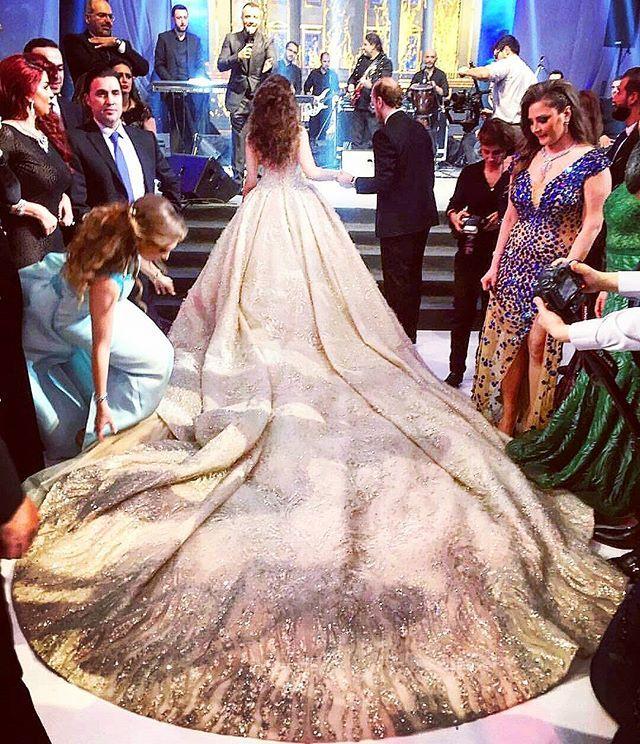 Wedding Dress Zuhair Murad Zuhairmuradofficial Venue Biel Beirut Singer