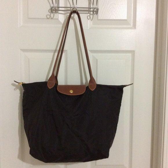 Selling this Longchamp Le Pliage Large Black Tote Bag in my Poshmark  closet! My username is  saccardi.  shopmycloset  poshmark  fashion   shopping  style ... c09ecccafd