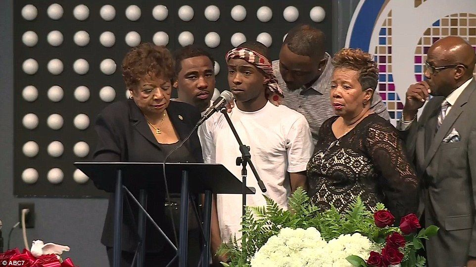 Sacramento on edge as funeral for unarmed black man