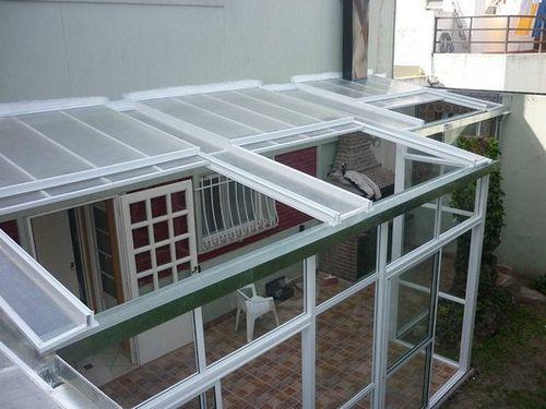 Techos corredizos cerramientos de aluminio divisores mla f for Cerramientos para patios internos