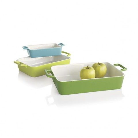 Potluck Baker Set- $24.95 at Crate and Barrel. Want in my kitchen !!!