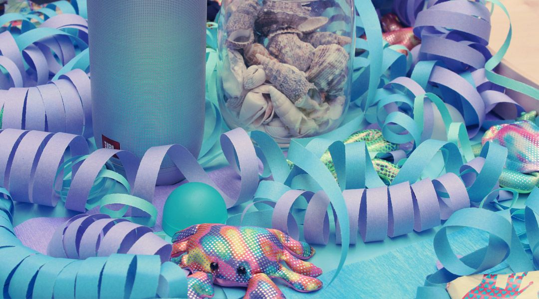 Kindergeburtstag. Meerjungfrauen - Unterwasserparty. Dekoration und Spiele