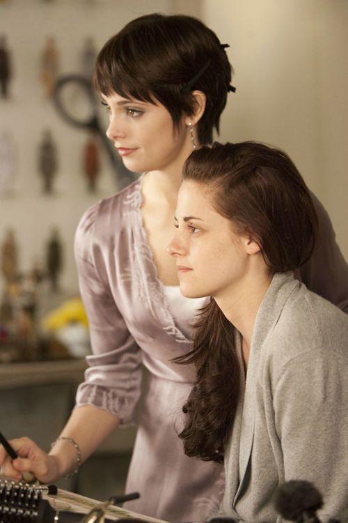 """""""Twilight 4: Breaking Dawn – Biss zum Ende der Nacht"""" steht in den Startlöchern. Wir zeigen Ihnen schon jetzt die drei schönsten Stylings von Bella"""
