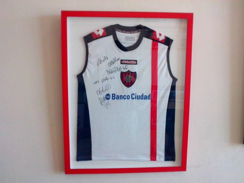 Enmarcado de Camiseta de Futbol de entrenamiento de CASLA. | Marcos ...