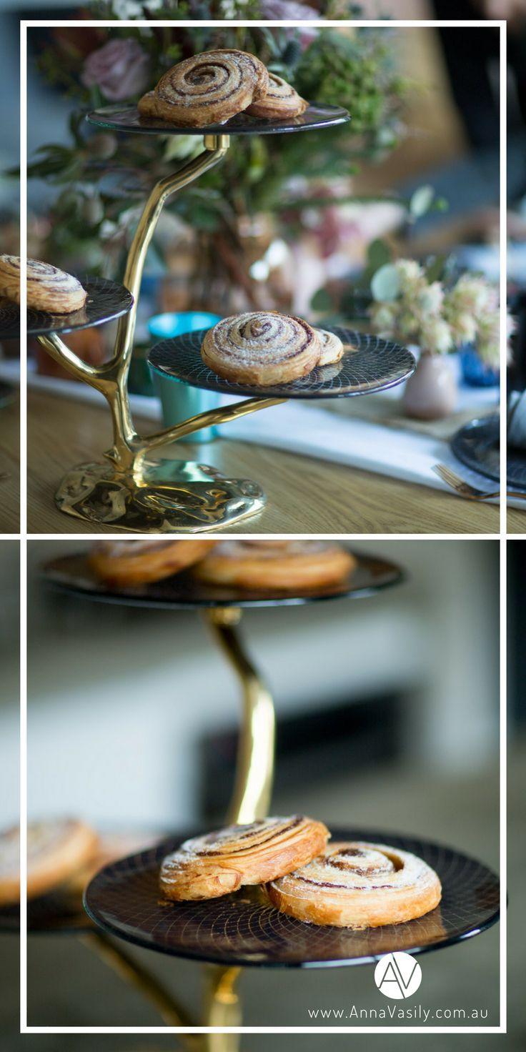 Annavasily musi modern blue high tea dessert stand
