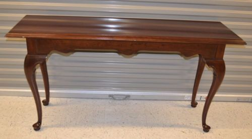 Ethan Allen Georgian Court Sofa Table Cherry Queen Anne Legs 11