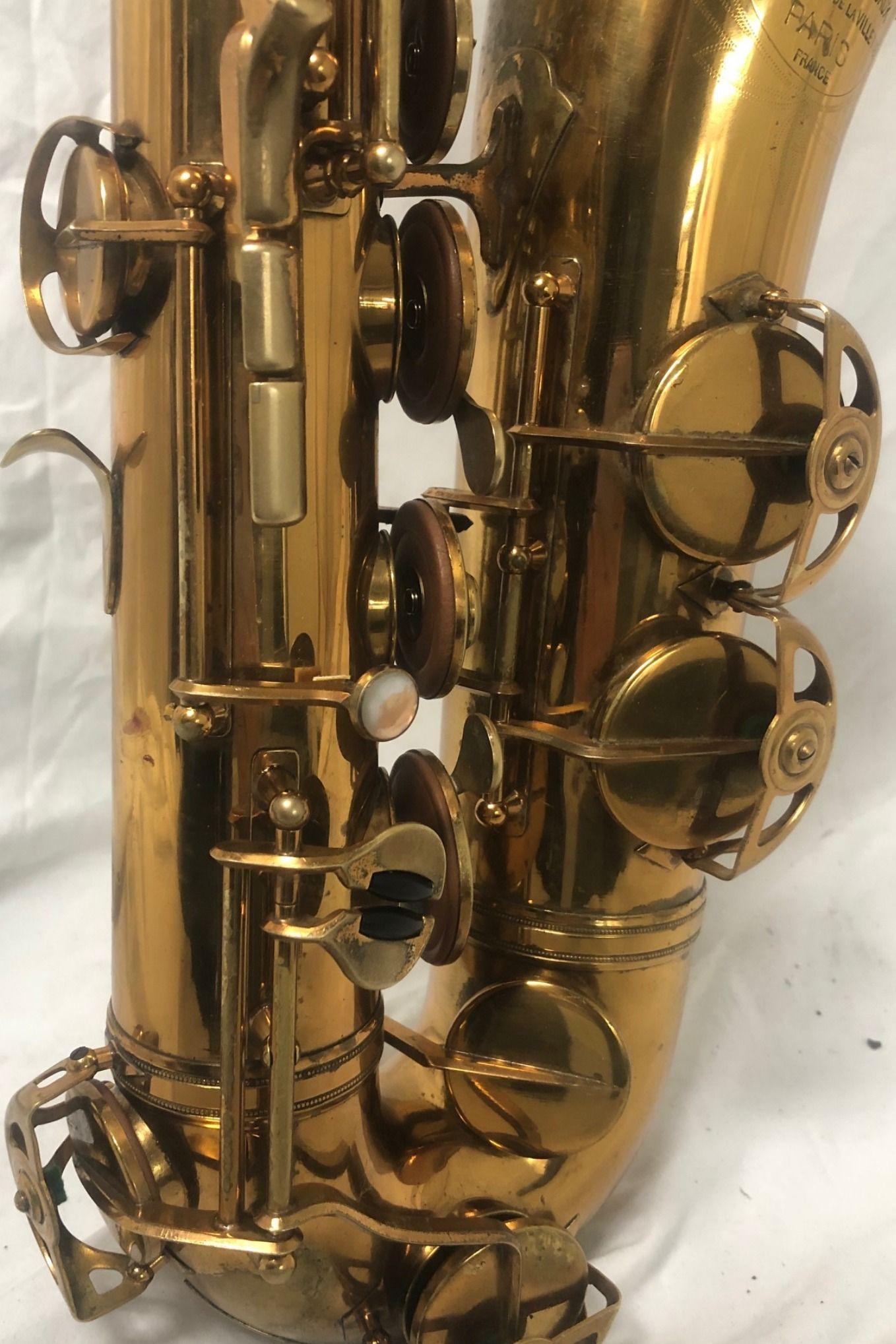 SML tenoe saxophone with rolled tone hole, Italian-made pads