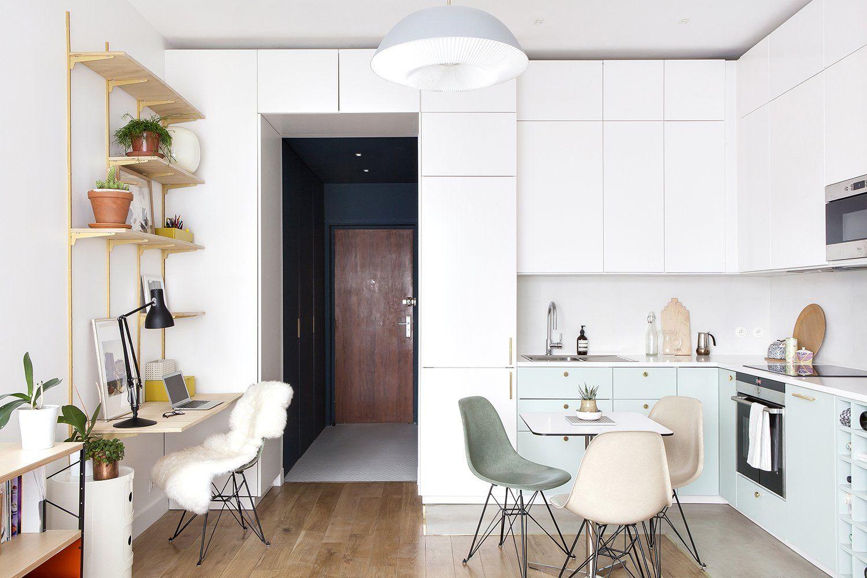 cuisine ouverte vert d 39 eau avec chaise eames pied eiffel. Black Bedroom Furniture Sets. Home Design Ideas