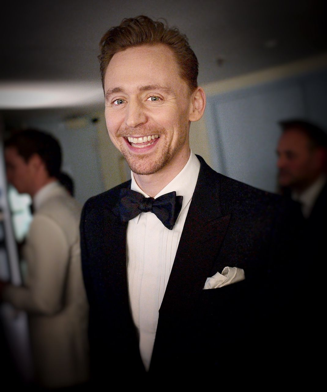 Tom Hiddleston backstage at the 71st Annual BAFTA Film Awards (http://the-haven-of-fiction.tumblr.com/post/157167944508/tom-hiddleston-backstage-at-the-71st-annual-bafta )