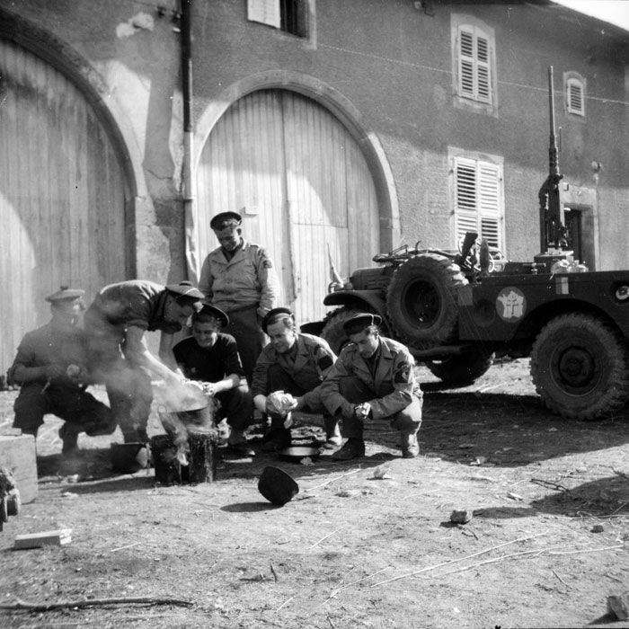 Le RBFM de la 2e DB dans les Vosges. Le RBFM (Régiment Blindé de Fusiliers  Marins), affecté en soutien à la 2e DB (Div…   Rambervillers, Vosges,  Meurthe et moselle