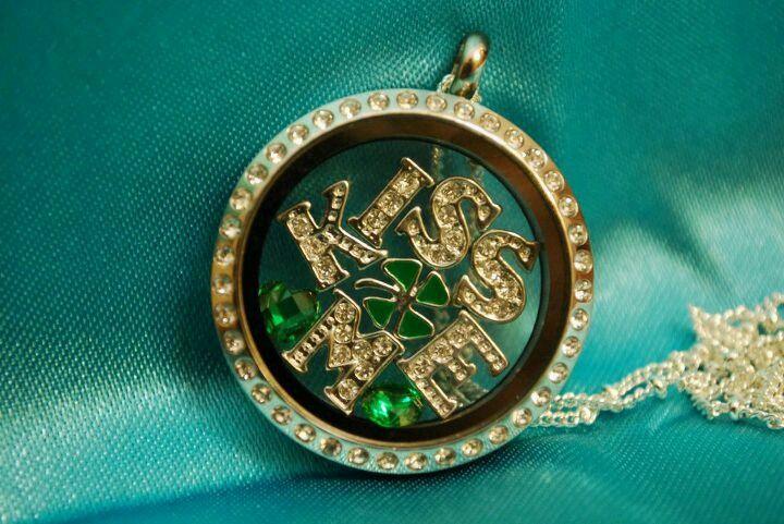 Kiss Me I'm Irish!!  Make a custom necklace! Visit www.onecharminglady.origamiowl.com Designer #17194
