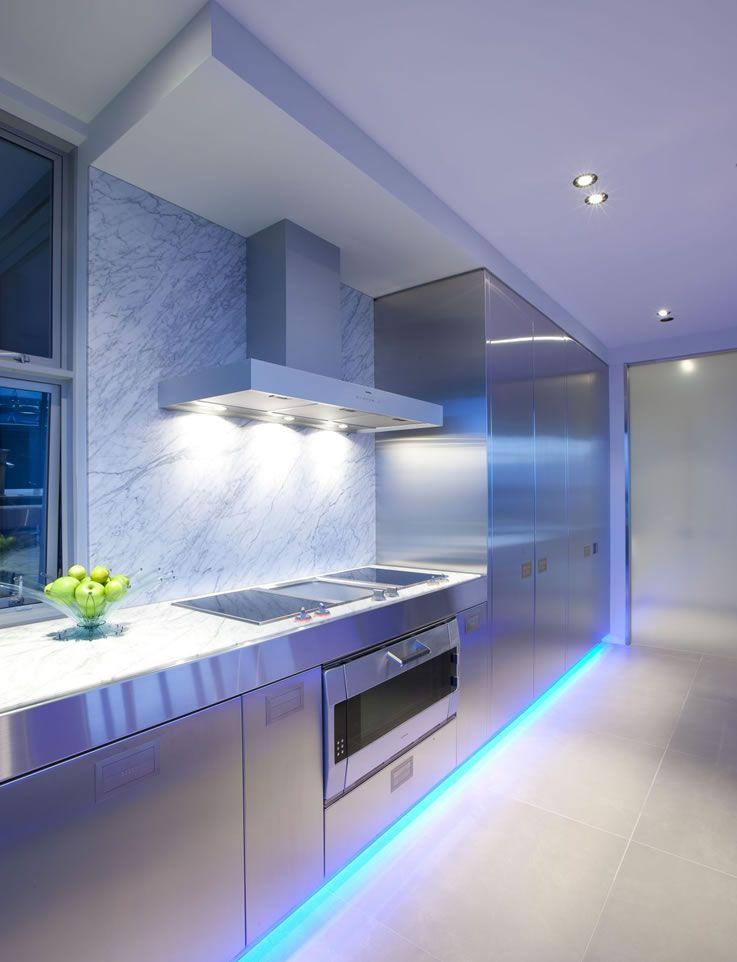 Iluminaci n led para cocinas cocinas cocina moderna y - Iluminacion cocinas modernas ...