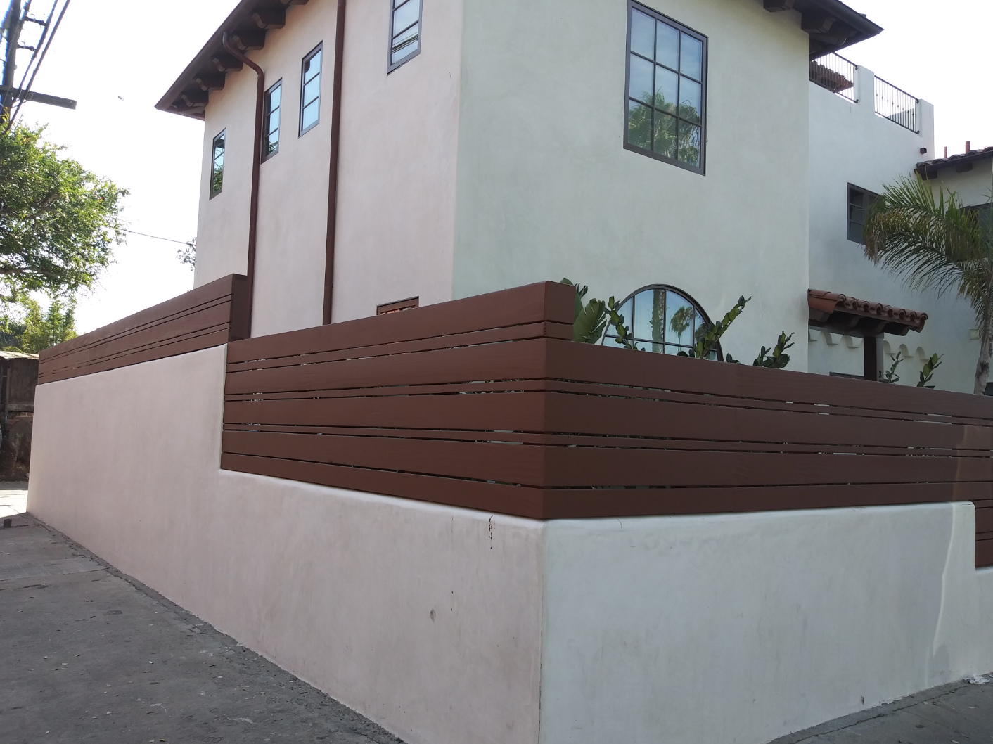 Custom Horizontal Wall Extension Wall Topper Fence