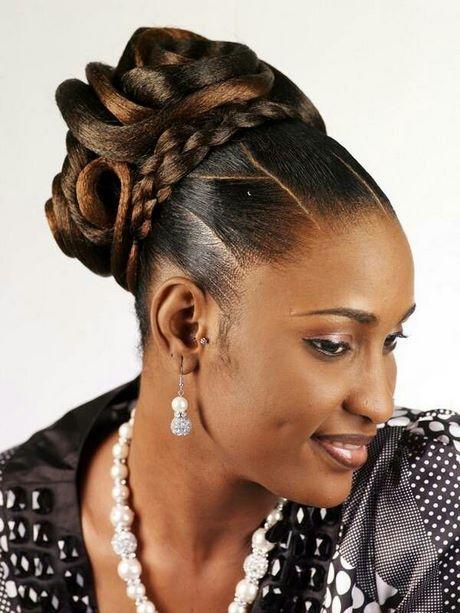 Coiffure Chignon Mariage Africain Coiffure Dame Cheveux De Mariee Coiffure