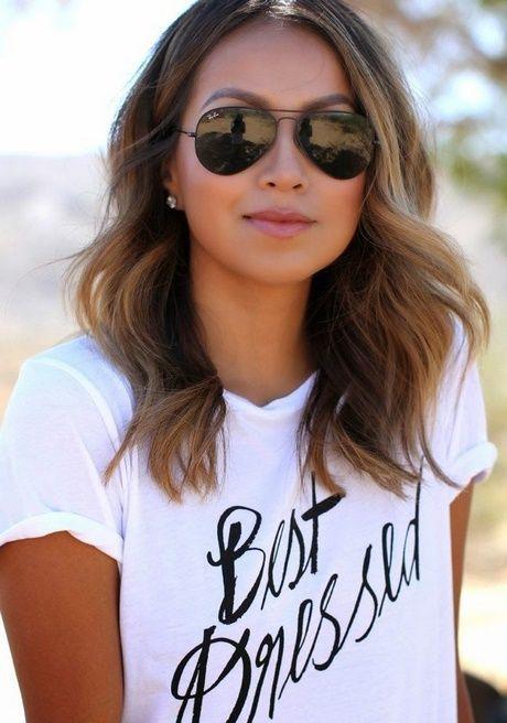 Lange Haare bis zur Schulterlänge