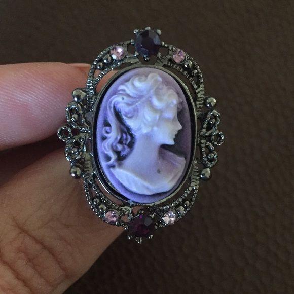 Beautiful cameo purple ring Adjustable. Very beautiful!  Accessories